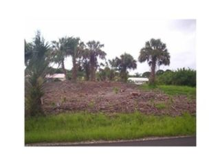 Studio,  0.00 BTH  Land style home in Port Charlotte