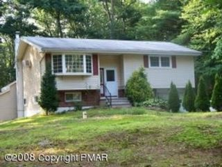 3 BR,  2.00 BTH Multi-family style home in New Bedford