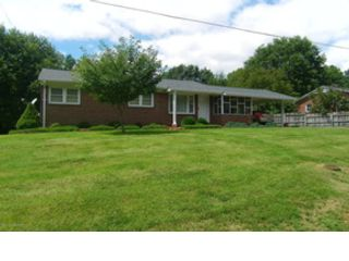 3 BR,  3.00 BTH Ranch style home in Grants Pass