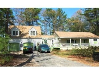 4 BR,  2.00 BTH Cottage style home in New Bedford