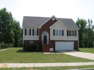 3 BR,  5.50 BTH Single family style home in Dedham